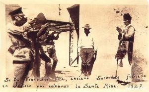 Exécution d'un prêtre catholique pour avoir célébré la Sainte Messe, lors de la guerre menée contre Dieu par le gouvernement mexicain - 1927